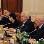 Богдан був у Росії поруч з Азаровим напередодні відмови від асоціації з ЄС у 2013, – «Схеми»